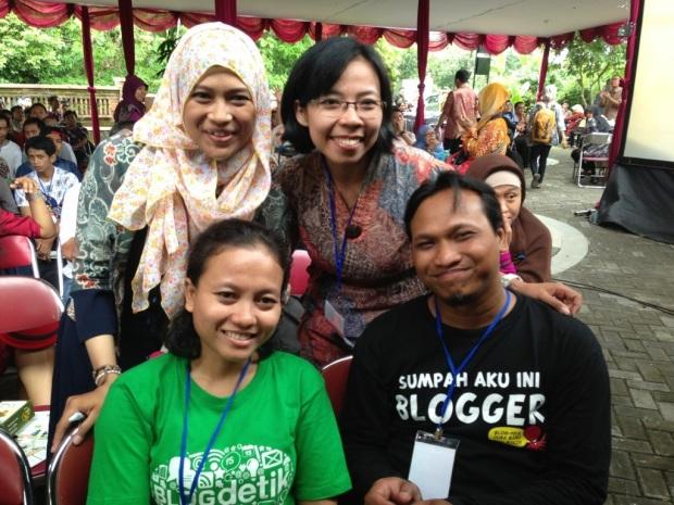 sumringah bareng jeung Melly, Bang Aswi, & jeung Niar