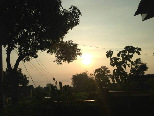 matahari mulai meningi